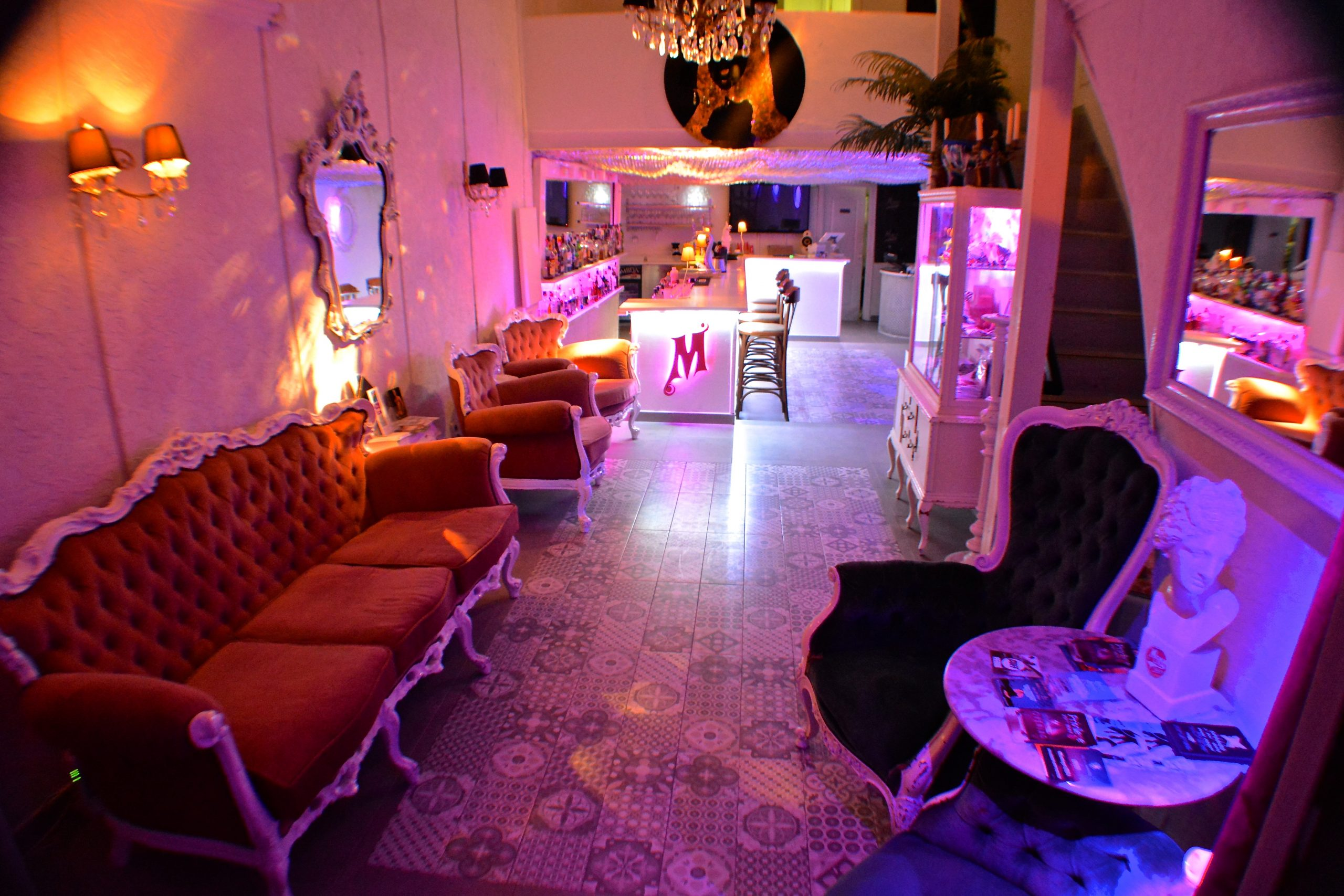 Not just a bar but the perfect meeting point in Ibiza Town