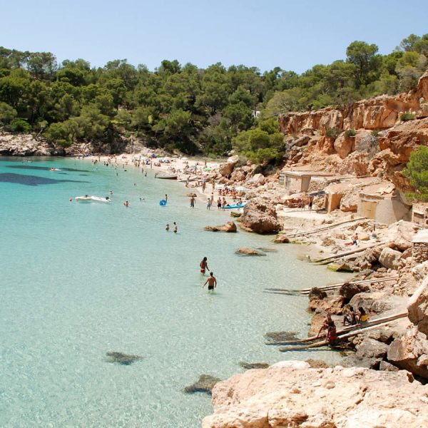 Playa-cala-salada-Beach-san-antonio-ibiza-2015-4